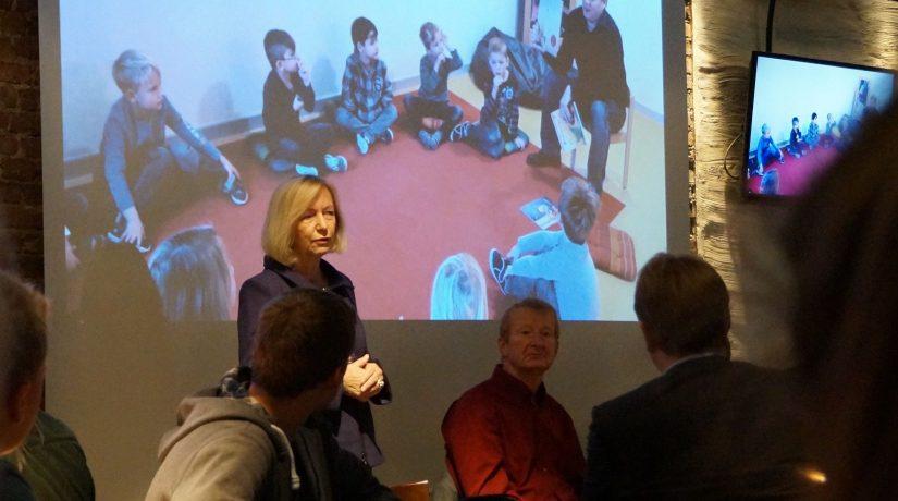 Schüler der Q2 führten Diskussion mit der Bundesbildungsministerin Johanna Wanka