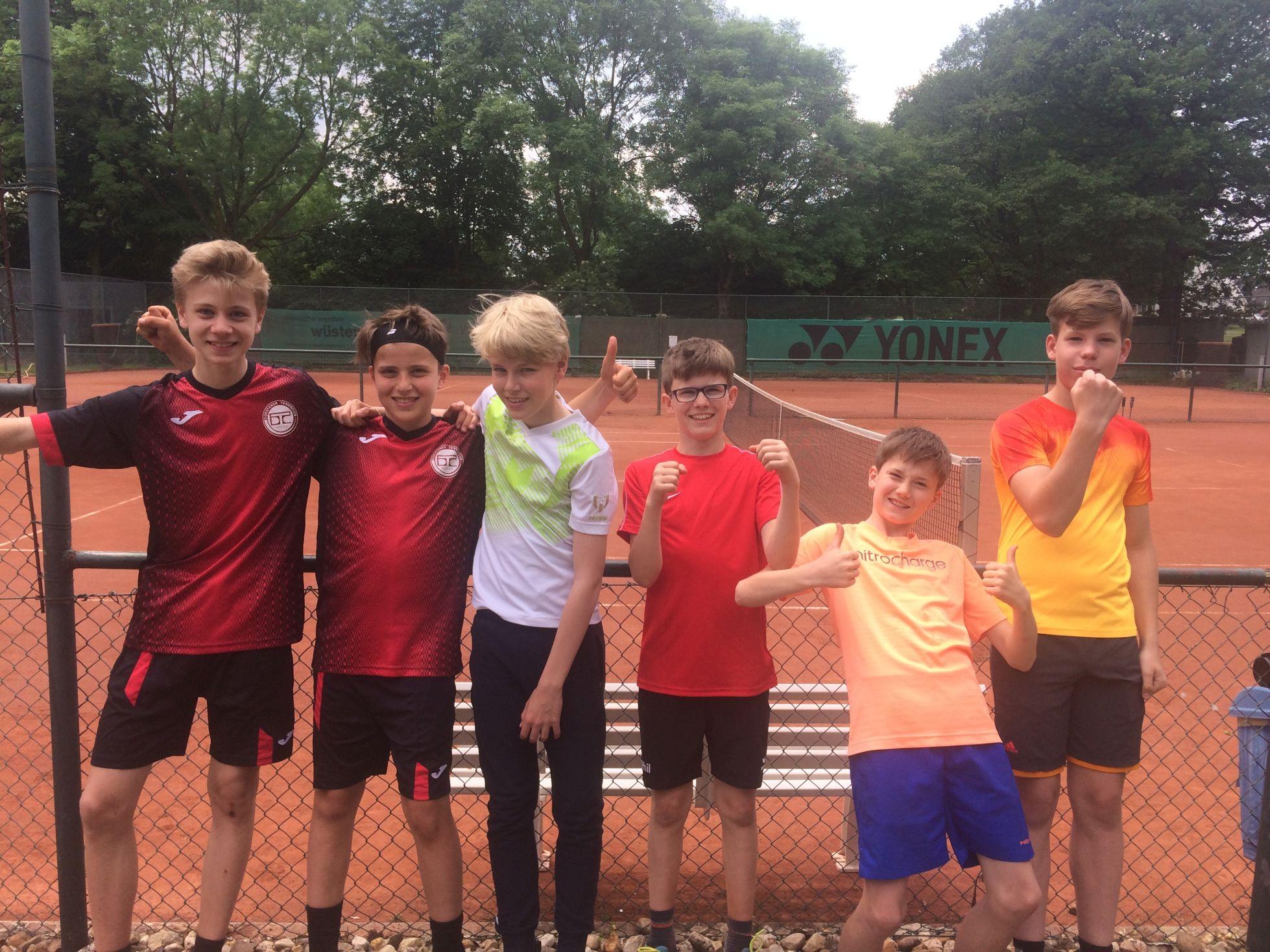 Erfolgreiche Tennisschulmannschaft