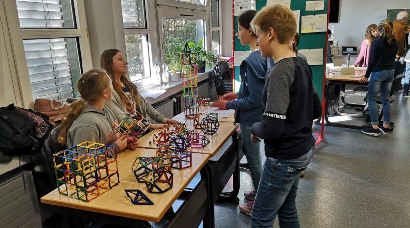Von Gedankenlesern und Geheimagenten – Sechstklässler erkunden die Welt der Mathematik am Gymnasium Petrinum