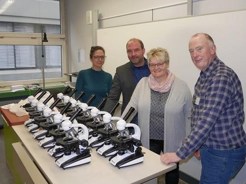 Und dann ging alles ganz schnell… Förderverein verhilft der SII zu neuen Mikroskopen