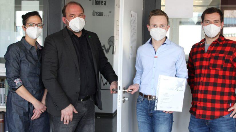 Jonas Hellekamp gewinnt doppelten Preis bei Jugend forscht